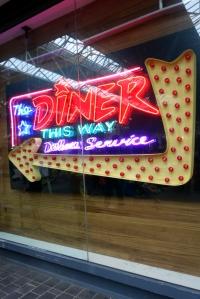 eat_wear_wander_diner8