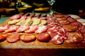 eat_wear_wander_meatplatter